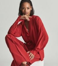 REISS HARRIS CONCEALED PLACKET BLOUSE RED ~ bright fluid fabric blouses