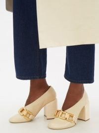 JIL SANDER Chain-embellished beige leather pumps – chunky chain detail block heel courts – luxe high sculptural vamp shoes