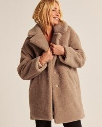 A&F Teddy Coat Light Brown – Abercrombie & Fitch women's textured faux fur winter coats