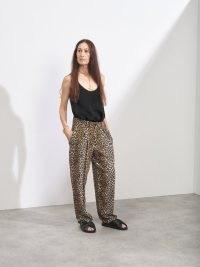RAEY Leopard-print silk crepe de Chine trousers / women's brown high rise animal print trousers