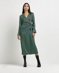 RIVER ISLAND GREEN GEOMETRIC PRINT WRAP DRESS ~ classic vintage inspired side tie dresses ~ geo printed fashion