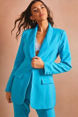 LORNA LUXE BLUE 'WORKING GIRL' BLAZER ~ on-trend celebrity inspired blazers - flipped