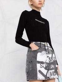 Off-White graphic text-print denim mini skirt black / white ~ printed skirts