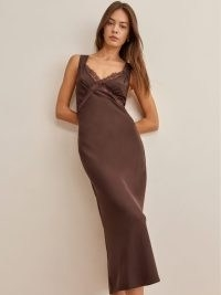 REFORMATION Provence Dress in Cafe ~ brown vintage style slip dresses ~ cut out back ~ lace trim detail ~ cutout fashion