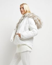 RIVER ISLAND White faux fur quilted puffer coat ~ luxe style padded coats ~ on-trend hooded winter jackets