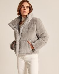 A&F Faux Fur Mini Puffer in Grey – luxe style jackets