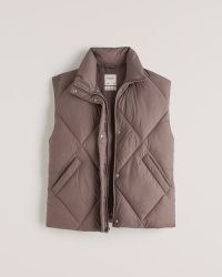 ABERCROMBIE & FITCH A&F Oversized Quilted Vest ~ womens brown padded gilet vests ~ women's fashionable gilets ~ sleeveless winter jackets