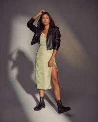 Abercrombie & Fitch Cropped Vegan Leather Blazer in Black – crop hem faux leather jackets