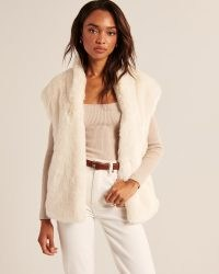 ABERCROMBIE & FITCH Faux Fur Vest in White – luxe style sleeveless jackets – fluffy winter gilet vests